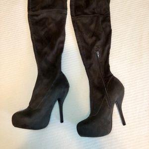 Venus thigh high stretch boot